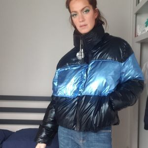Juicy Couture Black Label Down Metal Puffer-XL